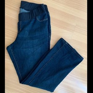 Old Navy Slim Bootcut Maternity Jeans